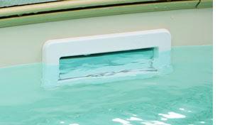 Skimmer im Swimmingpool